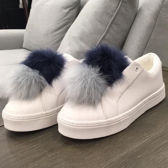 435caa1a5225 NWOT Sam Edelman Leya Pom Pom Slip on Sneaker. M 5a68e2afa4c485ec256dea38